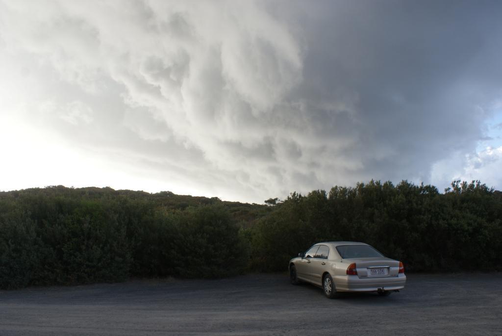 Jervis Bay, облако с градом