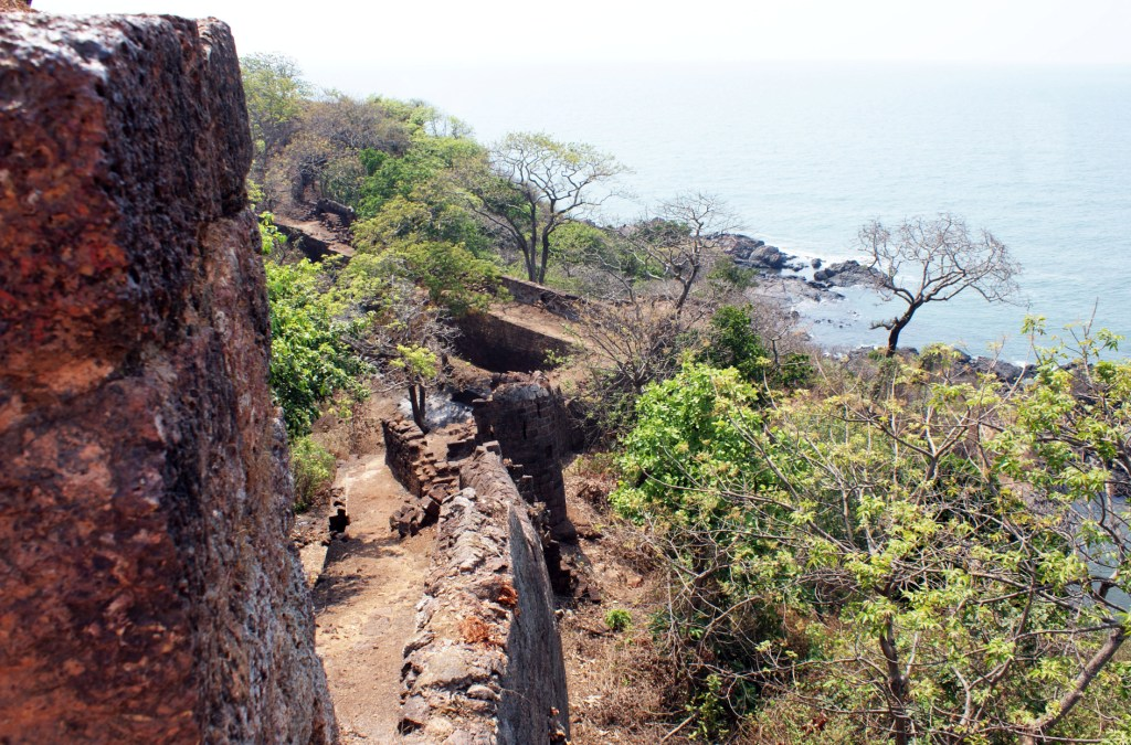 Форт Кабо Да Рама (Cabo De Rama Fort)