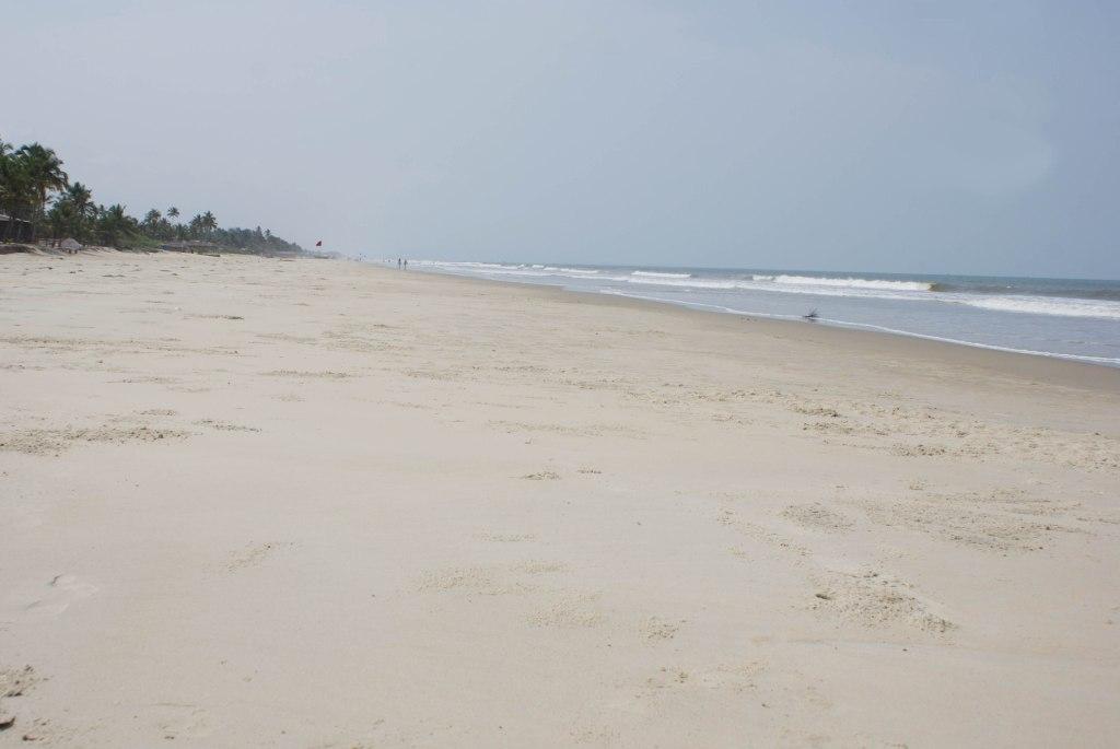 Соседний с Colva пляж