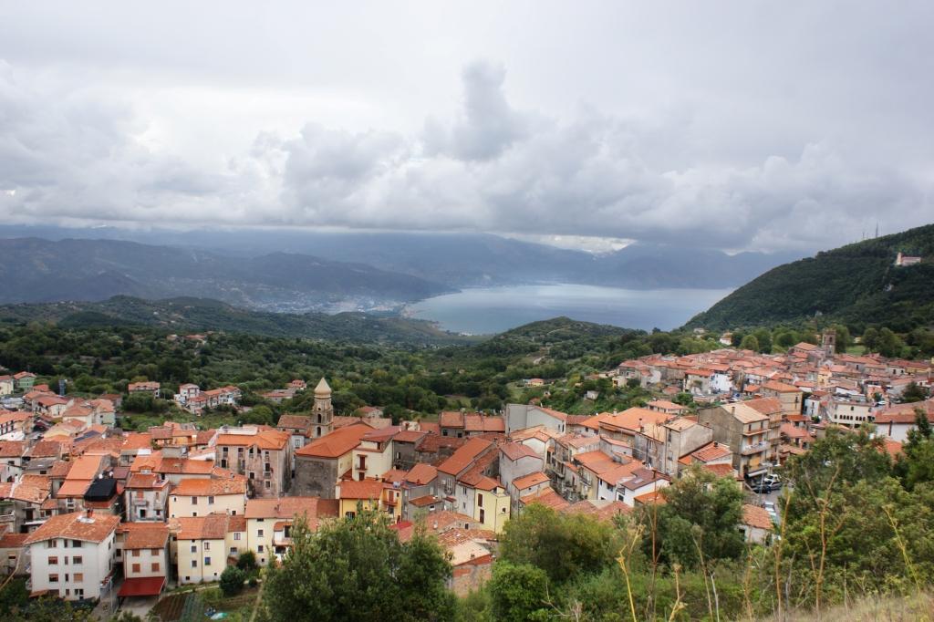 Типичный очаровательный итальянский городок